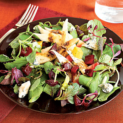 pear-beet-gorgonzola-green-salad-xl